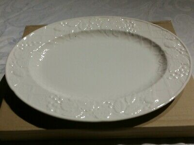 Mikasa ENGLISH COUNTRYSIDE DP900  Oval Platter  New in box w/tags