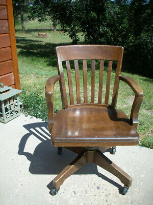 AMERICAN OAK SWIVEL OFFICE CHAIR, MURPHY CHAIR CO.  Gunlocke style