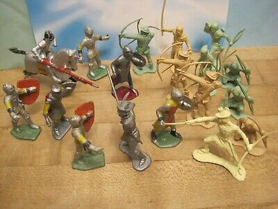 MARX VINTAGE 1960s ROBIN HOOD CASTLE KNIGHTS MERRY MEN 54MM PLASTIC TOY SOLDIERS