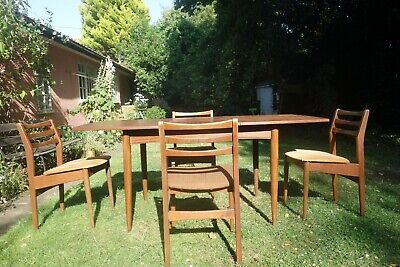White & Newton extendable retro mid century table and chairs (danish design)