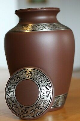 Thiais - Elegant Funeral Cremation Urn with Beautiful Design - Large/200 lb.