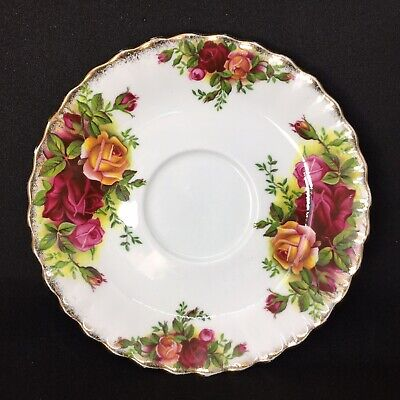 Vintage Royal Albert England Old Country Roses Bone China Saucer Plate 5 inches