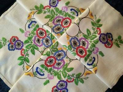 Gorgeous Anemone Flowers & Circles ~ Vintage Hand Embroidered Tablecloth