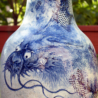 Superb Chinese Blue & White Porcelain Dragon Vase Lamp