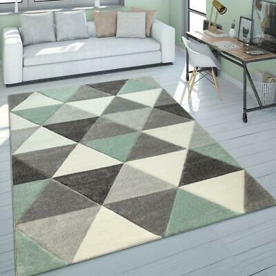 Contemporary Design Triangle Pattern Rug in Green Tones Short Heavy Pile Carpet