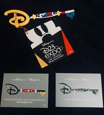 D23 Expo 2019 Disney Store Mickey & Minnie Key Special Edition Exclusive W/ Card