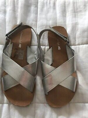 Girls American Eagle Leather Silver Sandals Shoes Size UK Infant 11 US 12