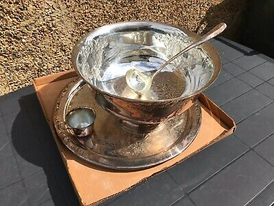 Silver Plated Punch Bowl (Includes a Ladle and 6 Cups)