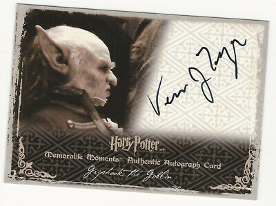 Verne Troyer as Griphook HARRY POTTER Memorable Moments II Autograph Card Auto
