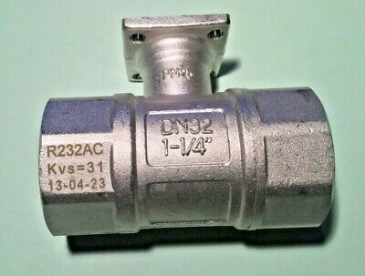 """Belimo R232AC Two Way Switch Ball Valve 1.25"""""""