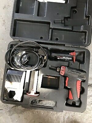 CTSU561 CL R Snap On 7.2v Cordless Screwdriver, Battery, Case And Charger CTS561