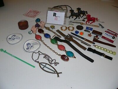 Vintage Collectible Junk Drawer Lot Watch Parts, Pins/Buttons, Jewelry (C)