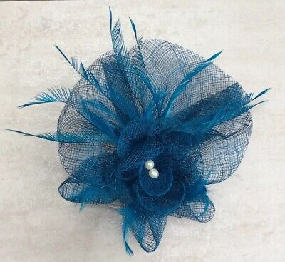 Turquise Teal Blue Fascinator. Feathers & Faux Pearls. New. On Comb. Wedding