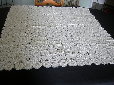 Antique INTRICATE LACE TABLE CLOTH AND SIX NAPKINS Great Patina