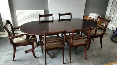 Retro vintage mahogany wood extending 6 seater dining table with 6 chairs