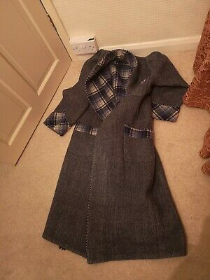 MENS EXCEPTIONAL VINTAGE 1940's / 50's SMOKING JACKET / DRESSING GOWN M