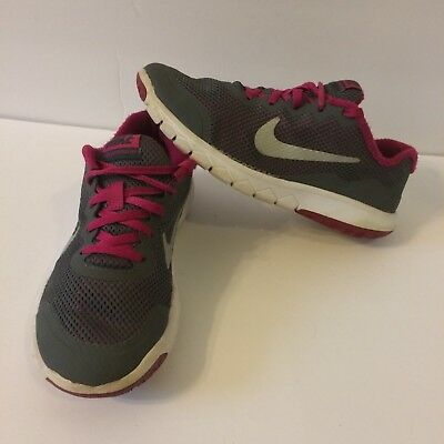 Details about Girl's Youth NIKE FLEX EXPERIENCE RN 4 Athletic Running Shoes 749822 SIZE 5.5 Y
