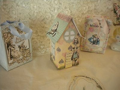 4 ALICE IN WONDERLAND MINI HONEYCOMB CENTREPIECE Party Table Decorations 54769