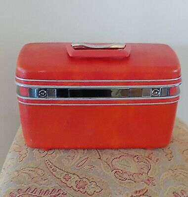 Samsonite Silhouette Vintage Red Coral Cosmetics Overnight Train Hard Luggage