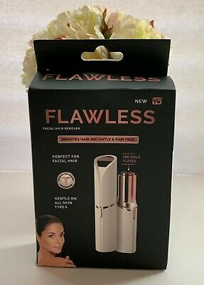Flawless Women's Painless Facial Hair Remover New in Box!