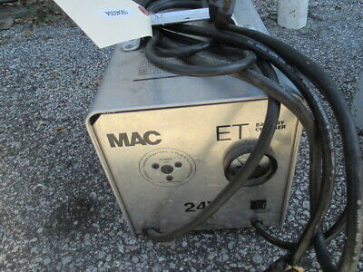 MAC ET242016 24V 20A Automatic Electric Battery Charger 214AH 120VAC In