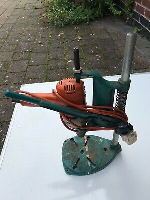 BLACK AND DECKER D720 Corded Drill & Drill Stand Vintage Collectable
