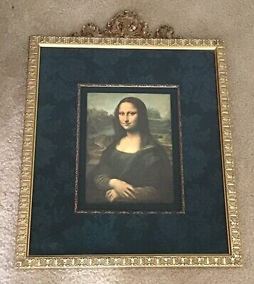 Beautifully framed decorative painting print of the Mona Lisa
