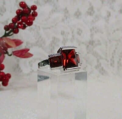 EXQUISITE Princess Cut Channel Set 3 Stone Red Ruby Cz Ring Silver Plate Sz 8.75