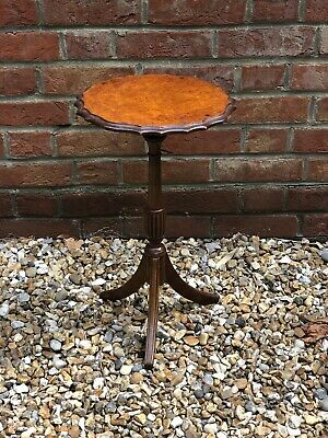 Antique Bevan Funnell Reprodux Small Side Table. Georgian Style