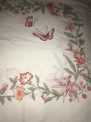 Vintage Utica Pair Floral Butterfly King Pillowcases Percale Flowers Bedding