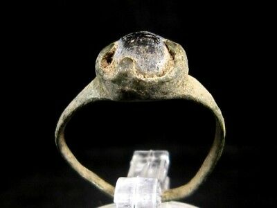NICE ROMAN PERIOD BRONZE RING  w/ BLUE GLASS STONE ON THE TOP!!!