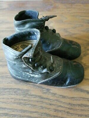 """Antique 1900s Victorian Baby Doll Shoes Boots Black Leather 4 Button up 5"""" Long"""