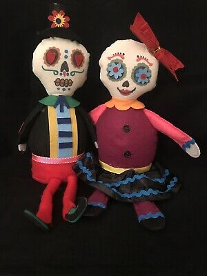 Day of the Dead Sugar Skull - Dia De Los Muertos Felt Doll Shelf Sitter - Heart