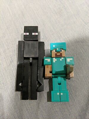 Enderman and Diamond Steve with Sword