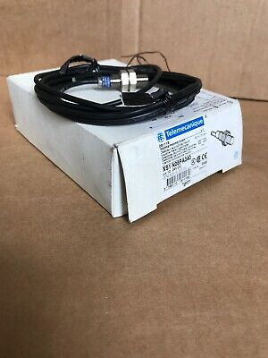 Telemecanique  Xs1N08Pa340  Inductive Proximity Switch Sensor
