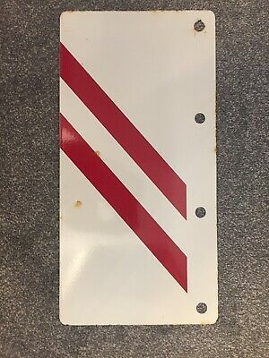 Enamel Sign. Old Sign From Electricity Industry