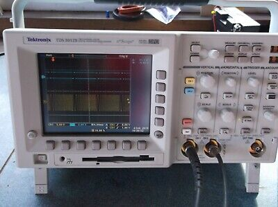 Tektronix TDS 3012B W/new Tek probes and manual