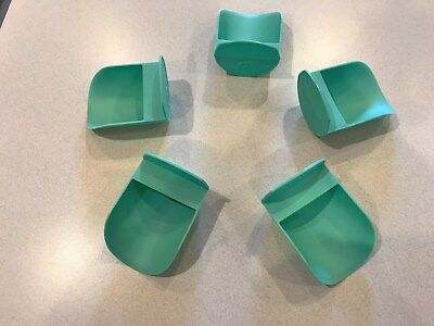 Tupperware New Rnd Flour Rocker Scoops In Teal Green