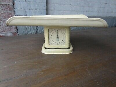 Antique/Vintage Family Kitchen Scale with Tray 20 Lbs. Works!