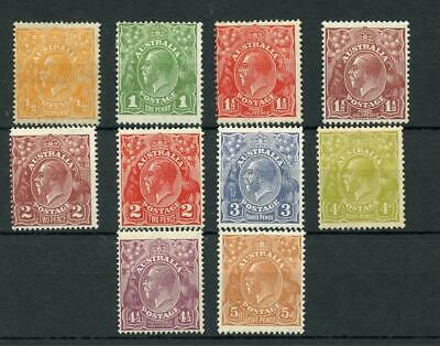 Australia 1926-30 values to 5d mixed perfs MM cat £204 - see desc