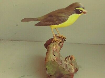 Vintage Folk Art Hand Carved Wooden Bird on Driftwood/maker and age unknown