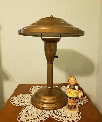 """1940-50's vintage """"Flying Saucer - UFO - Space Age"""" Table or Desk Lamp"""