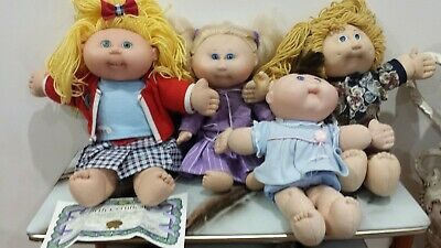 4 Vintage cabbage patch dolls collectable