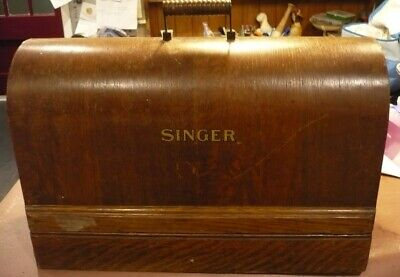Singer hand cranked sewing machine 66k from 1917
