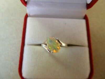 1.5ct Natural Rainbow Fire Opal Set In 925 Sterling Silver Sz 7