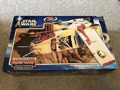 Hasbro Star Wars AOTC Attack of the Clones Republic Gunship Complete Boxed