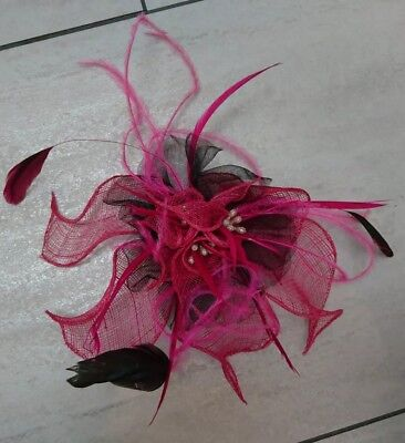Pink Black Fascinator /Hair Clip. Feathers And Sparkles. BNWOT. Weddings, Races