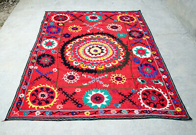 Gorgeous suzani wall hanging Vintage silk embroidery suzani blanket suzani bed