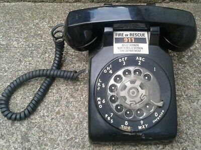 Vintage 1982 Bell System Western Electric 500 DM Black Rotary Dial Desk Phone