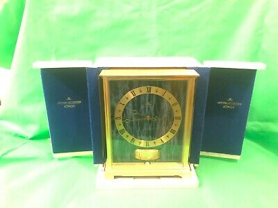 Atmos VII Embassy Clock 528/1 with Travel Case 1967 - 70 Keeps time VG condition